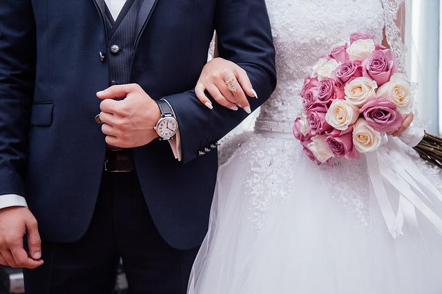 mujer gasta 73 millones en su boda para vengarse de su ex