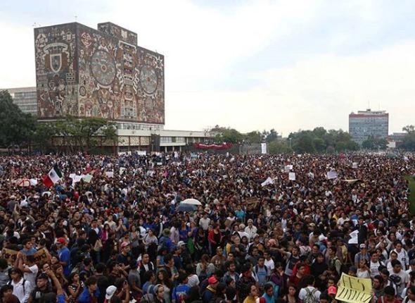 Abuso sexual en la UNAM / Fuente: Instagram @fotografosmilenio