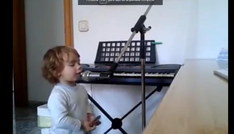 bebé canta blues /Fuente: Facebook @Pablo A. Galindo