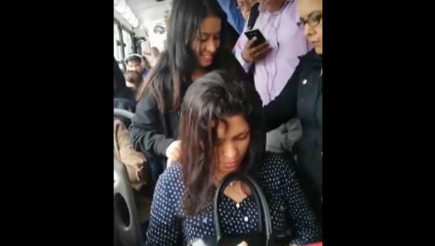 Joven se hace viral por no ceder asiento a EMBARAZADA