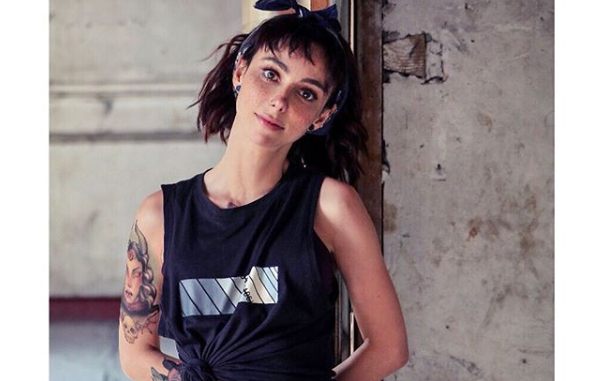 Natalia Téllez impacta a fans al presumir diminuta cintura en redes