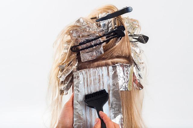 pintarse cabello peligro deformidad