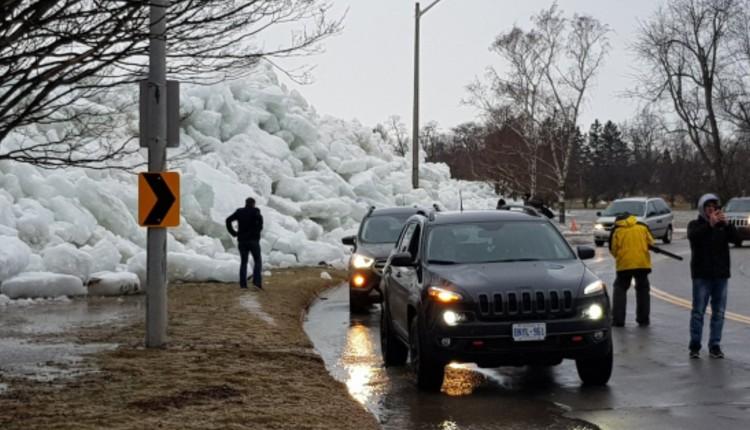 tsunami hielo