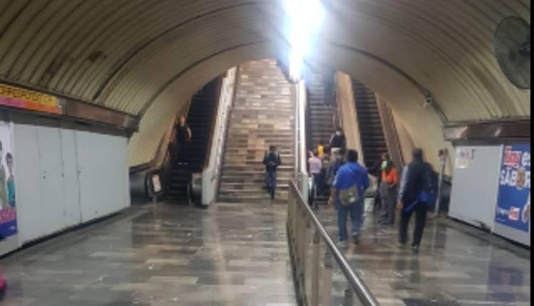 escaleras eléctricas metro