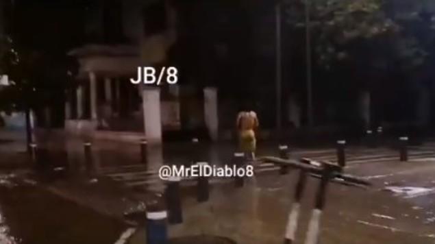video hombre desnudo