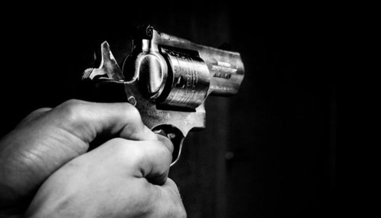 matan hombre frente a su hija