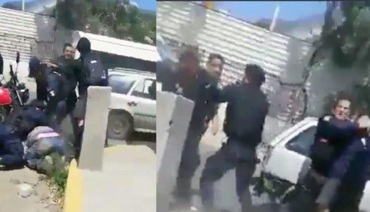 policias golpean mototaxista