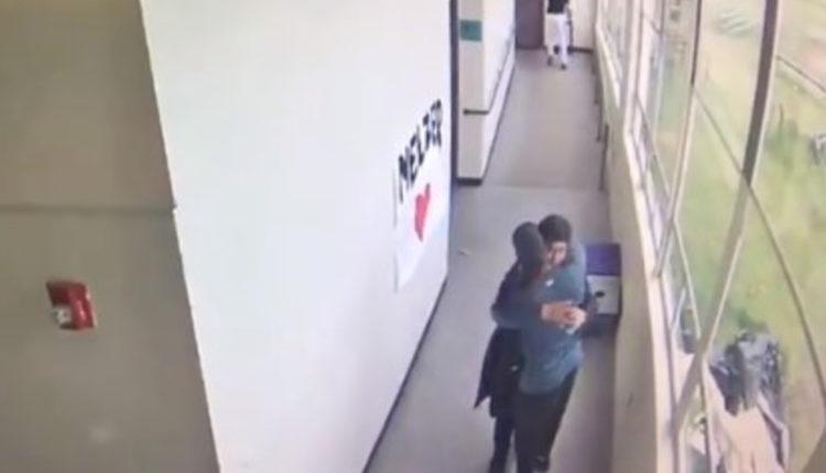 profesor tiroteo abraza agresor