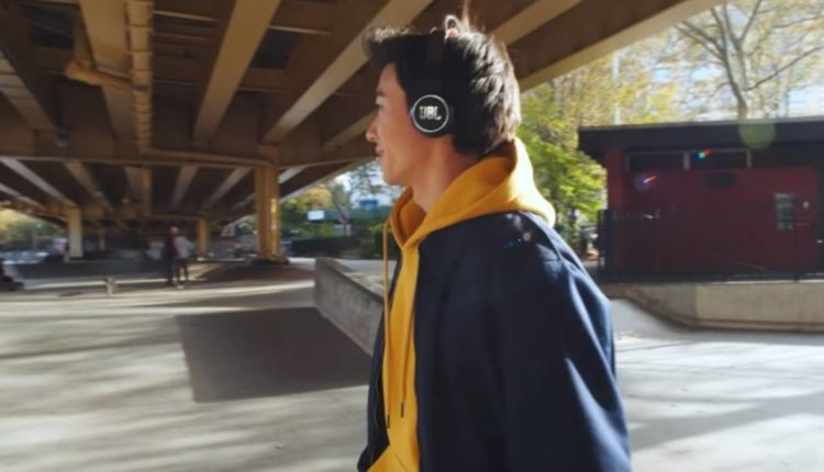 audífonos luz solar