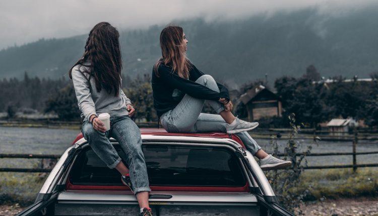 Viajar con amigos (Pexels)